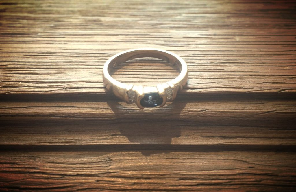 Vintage sapphire ring - something old